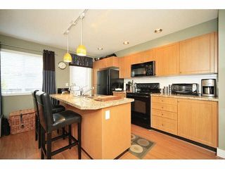 Photo 9: 18 16233 83 AVE in Surrey: Fleetwood Tynehead Townhouse for sale : MLS®# F1423283