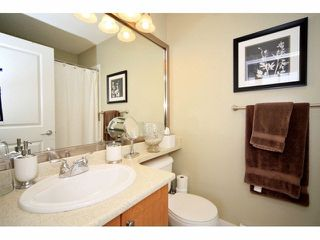 Photo 15: 18 16233 83 AVE in Surrey: Fleetwood Tynehead Townhouse for sale : MLS®# F1423283