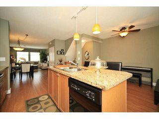 Photo 10: 18 16233 83 AVE in Surrey: Fleetwood Tynehead Townhouse for sale : MLS®# F1423283