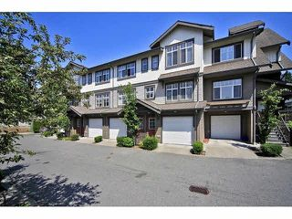 Photo 2: 18 16233 83 AVE in Surrey: Fleetwood Tynehead Townhouse for sale : MLS®# F1423283