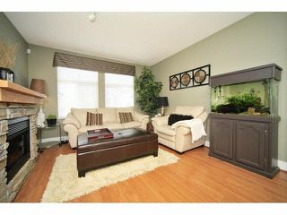 Photo 3: 18 16233 83 AVE in Surrey: Fleetwood Tynehead Townhouse for sale : MLS®# F1423283