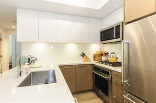 Photo 3: 422 384 E 1ST AVENUE in Vancouver: Mount Pleasant VE Condo for sale (Vancouver East)  : MLS®# R2270393