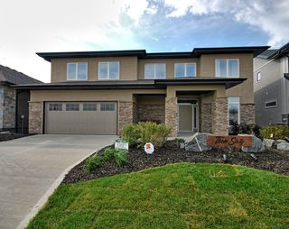 Photo 1: 360 Willow Creek Road in Winnipeg: Bridgwater Trails Single Family Detached for sale (1R)