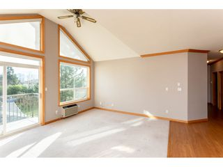 Photo 3: 401 2772 Clearbrook in Abbotsford: Abbotsford West Condo for sale : MLS®# R2336665