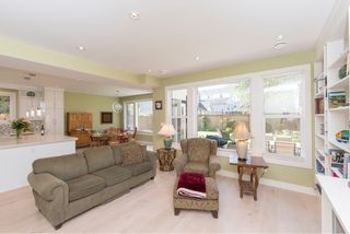 Photo 13: 1635 Kings Road in Victoria: Oaklands House for sale : MLS®# VIR411055