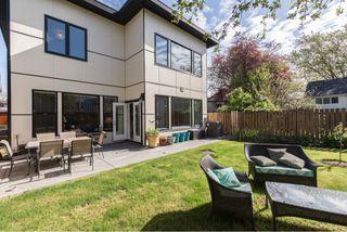 Photo 2: 1635 Kings Road in Victoria: Oaklands House for sale : MLS®# VIR411055