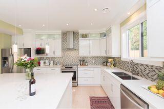 Photo 6: 1635 Kings Road in Victoria: Oaklands House for sale : MLS®# VIR411055