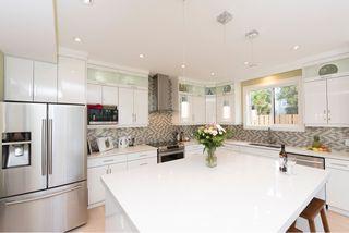Photo 11: 1635 Kings Road in Victoria: Oaklands House for sale : MLS®# VIR411055