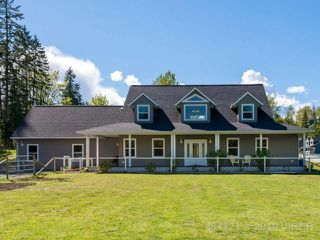 Photo 1: 8777 ISLAND N HWY: Property for sale : MLS®# 454121