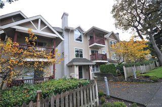 Photo 2: 402 1593 Begbie St in VICTORIA: Vi Fernwood Condo for sale (Victoria)  : MLS®# 827512