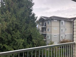 "Photo 6: 311 2780 WARE Street in Abbotsford: Central Abbotsford Condo for sale in ""CHELSEA HOUSE"" : MLS®# R2415630"