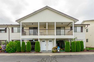 "Photo 2: 64 32959 GEORGE FERGUSON Way in Abbotsford: Central Abbotsford Townhouse for sale in ""Oakhurst"" : MLS®# R2417458"