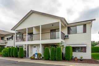 "Photo 3: 64 32959 GEORGE FERGUSON Way in Abbotsford: Central Abbotsford Townhouse for sale in ""Oakhurst"" : MLS®# R2417458"