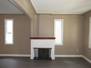 Photo 4: 10907 97 Street in Edmonton: Zone 13 House for sale : MLS®# E4181871