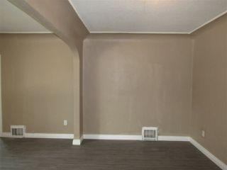 Photo 3: 10907 97 Street in Edmonton: Zone 13 House for sale : MLS®# E4181871