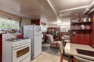 """Photo 13: 555 E 7TH Avenue in Vancouver: Mount Pleasant VE House for sale in """"Mount Pleasant"""" (Vancouver East)  : MLS®# R2430072"""
