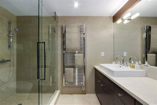 "Photo 12: 816 W 7TH Avenue in Vancouver: Fairview VW Townhouse for sale in ""Casa Del Arroyo"" (Vancouver West)  : MLS®# R2438315"