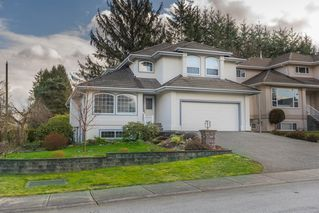 Main Photo: 12576 206 Street in Maple Ridge: Northwest Maple Ridge House for sale : MLS®# R2445501