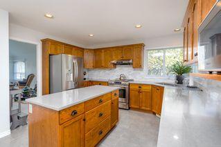 Photo 6: 12576 206 Street in Maple Ridge: Northwest Maple Ridge House for sale : MLS®# R2445501