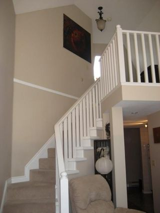 Photo 8: 308 1330 Graveley Street in Hampton Court: Home for sale