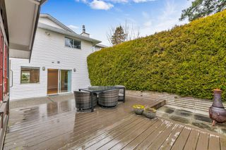 "Photo 37: 942 PARKER Street: White Rock House for sale in ""EAST BEACH"" (South Surrey White Rock)  : MLS®# R2447986"