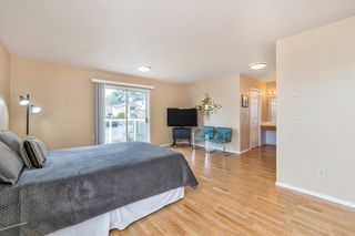 "Photo 22: 942 PARKER Street: White Rock House for sale in ""EAST BEACH"" (South Surrey White Rock)  : MLS®# R2447986"
