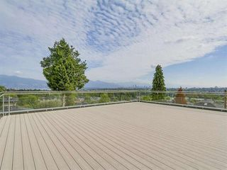 Photo 17: 3309 W 19TH Avenue in Vancouver: Dunbar House for sale (Vancouver West)  : MLS®# R2454206