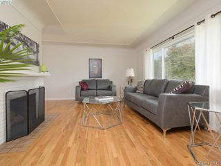 Photo 2: 3232 Frechette St in VICTORIA: SE Mt Tolmie Single Family Detached for sale (Saanich East)  : MLS®# 839484