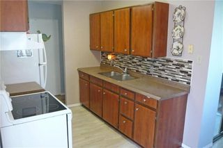 Photo 6: 71 Magdalene Bay in Winnipeg: Fort Richmond Residential for sale (1K)  : MLS®# 202010883