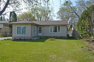 Photo 1: 71 Magdalene Bay in Winnipeg: Fort Richmond Residential for sale (1K)  : MLS®# 202010883