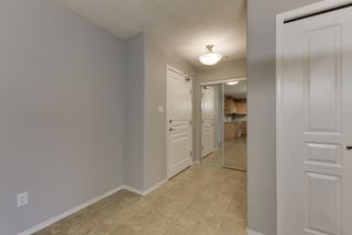 Photo 4: 111 16035 132 Street in Edmonton: Zone 27 Condo for sale : MLS®# E4200978