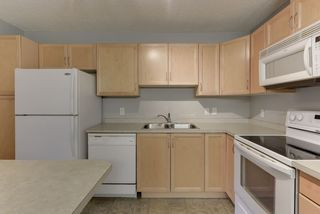 Photo 7: 111 16035 132 Street in Edmonton: Zone 27 Condo for sale : MLS®# E4200978