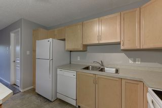 Photo 8: 111 16035 132 Street in Edmonton: Zone 27 Condo for sale : MLS®# E4200978