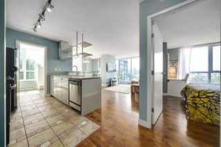 "Photo 14: 602 1438 RICHARDS Street in Vancouver: Yaletown Condo for sale in ""AZURA 1"" (Vancouver West)  : MLS®# R2472936"