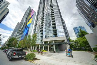 "Photo 4: 602 1438 RICHARDS Street in Vancouver: Yaletown Condo for sale in ""AZURA 1"" (Vancouver West)  : MLS®# R2472936"