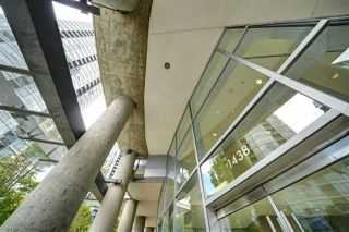 "Photo 2: 602 1438 RICHARDS Street in Vancouver: Yaletown Condo for sale in ""AZURA 1"" (Vancouver West)  : MLS®# R2472936"