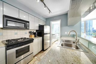 "Photo 5: 602 1438 RICHARDS Street in Vancouver: Yaletown Condo for sale in ""AZURA 1"" (Vancouver West)  : MLS®# R2472936"