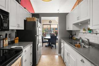 Photo 2: 418 1005 McKenzie Ave in Saanich: SE Quadra Condo for sale (Saanich East)  : MLS®# 842335