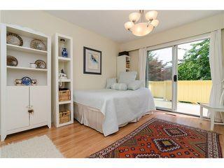 Photo 12: 988 STEVENS Street: White Rock Home for sale ()  : MLS®# 988 STEVENS ST
