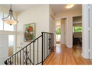 Photo 3: 988 STEVENS Street: White Rock Home for sale ()  : MLS®# 988 STEVENS ST