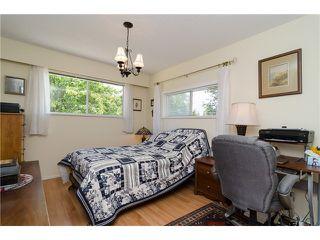 Photo 14: 988 STEVENS Street: White Rock Home for sale ()  : MLS®# 988 STEVENS ST