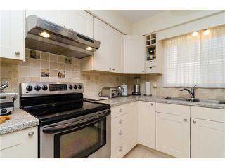 Photo 6: 988 STEVENS Street: White Rock Home for sale ()  : MLS®# 988 STEVENS ST
