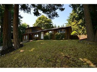 Photo 1: 2298 Otter Point Rd in SOOKE: Sk Broomhill House for sale (Sooke)  : MLS®# 612634