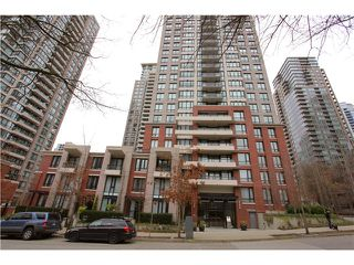 "Photo 10: 1608 909 MAINLAND Street in Vancouver: Yaletown Condo for sale in ""YALETOWN PARK"" (Vancouver West)  : MLS®# V997068"