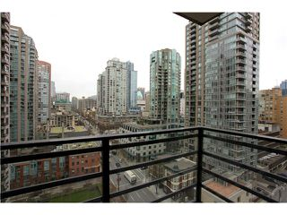 "Photo 6: 1608 909 MAINLAND Street in Vancouver: Yaletown Condo for sale in ""YALETOWN PARK"" (Vancouver West)  : MLS®# V997068"
