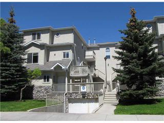 Photo 1: 207 628 56 Avenue SW in CALGARY: Windsor Park Townhouse for sale (Calgary)  : MLS®# C3571929