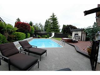"Photo 18: 1073 SHAMAN Crescent in Tsawwassen: English Bluff House for sale in ""THE VILLAGE"" : MLS®# V1012662"
