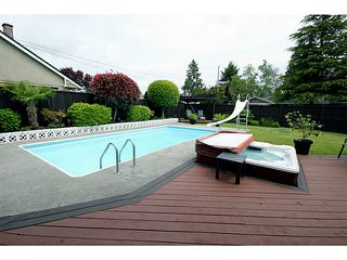 "Photo 19: 1073 SHAMAN Crescent in Tsawwassen: English Bluff House for sale in ""THE VILLAGE"" : MLS®# V1012662"