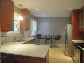Photo 3: 359 LAURENTIAN CR in Coquitlam: Central Coquitlam House for sale : MLS®# V1028731