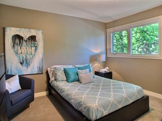 Photo 16: 669 Cambridge Street in : River Heights / Tuxedo / Linden Woods Residential for sale (South Winnipeg)  : MLS®# 1414053